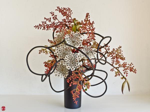 ikebana-flower-arranging