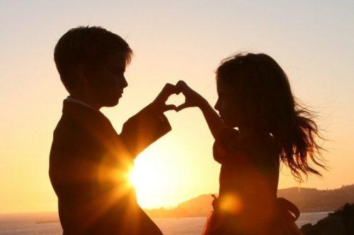 1300446843_child_love