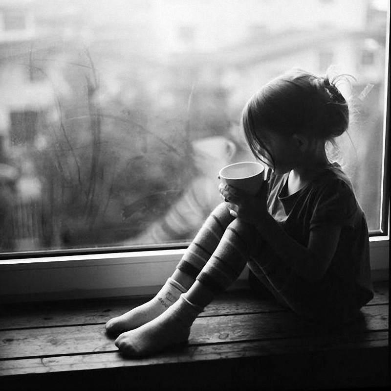 Картинки грустных девушек на аву, телефон цветы незабудки