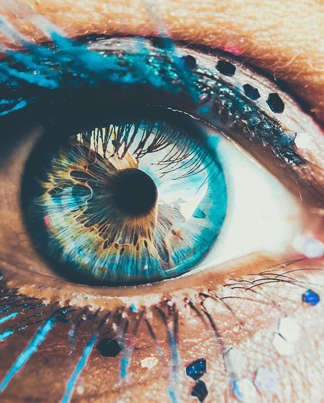 Картинка для Характер по цвету глаз