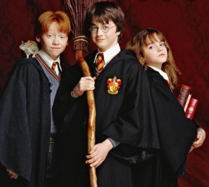 """Картинка для Как хорошо ты знаешь """"Гарри Поттер и Философский камень""""?"""